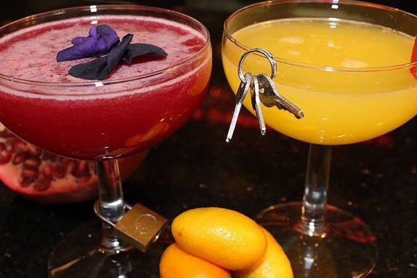 Koktejly v Bourbon Baru
